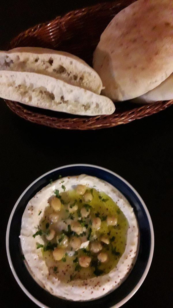 pitachleb-hummus-4